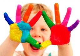 Как писането и рисуването на вашето дете се променят с времето