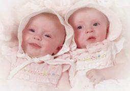 7 неща, които не знаете за отглеждането на новородени близнаци